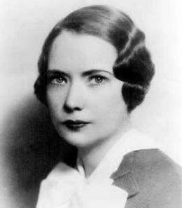 """""""La vida es como saltar en paracaídas; uno tiene que hacerlo bien desde la primera vez"""". Margaret Mead"""